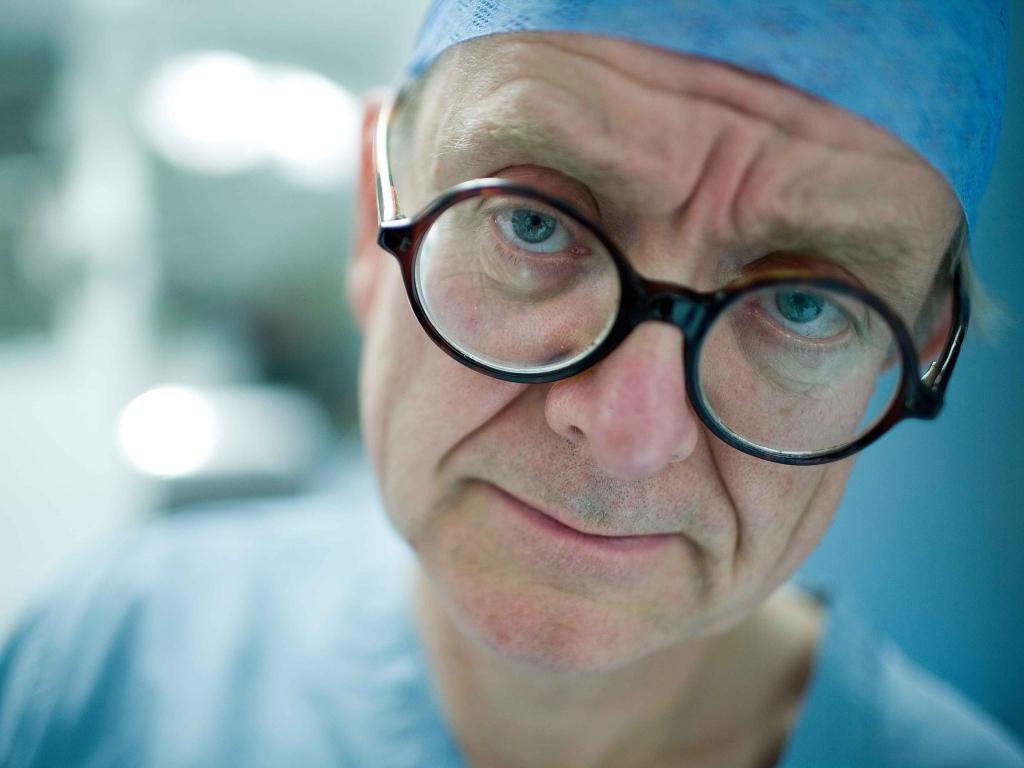 english_surgeon2